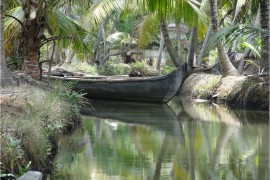 Inde Backwaters paysage canoë3