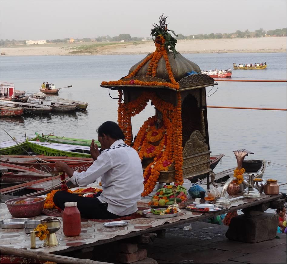 Inde Varanasi prière