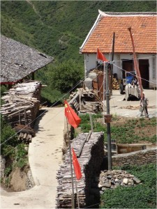 Chine Sichuan Songpan village drapeaux