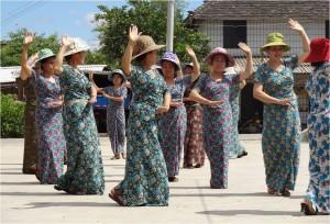 Chine minorités Xiaojie dai femmes 2