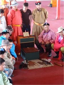 Mongolie Oulan-Bator Naadam osselets 4