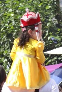 Mongolie Oulan-Bator Naadam petite fille