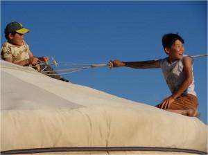 Mongolie désert Gobi Khongoryn Els enfants