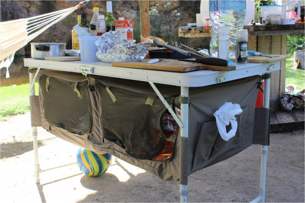 AFS-camping-table